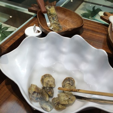 oysters with pearls