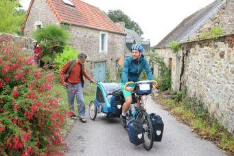 C'est reparti | On the road again