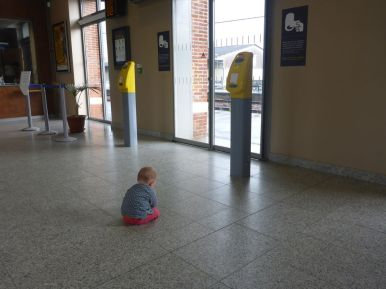 ...et dans la gare | ...and in the station
