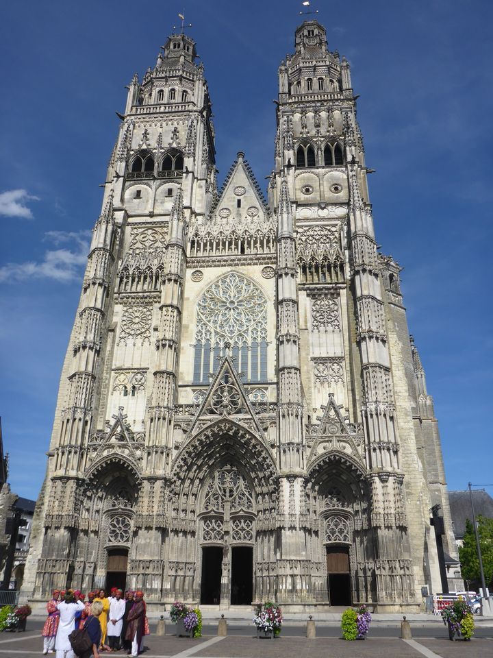 Sur le retour : cathédrale de Tours | On the way back: Tours cathedral