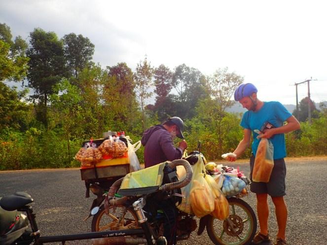 Boulanger ambulant | Itinerant baker
