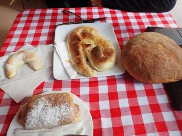 "Petit déjeuner dans une ""Pekara"""