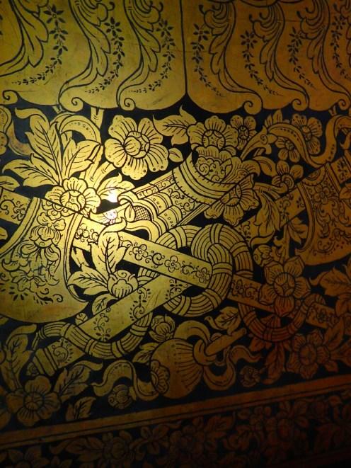 Bangkok : Laque noire et dorée | Black and golden lacquer