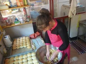 Préparation du pain des burgers | Cooking of bread for hamburgers