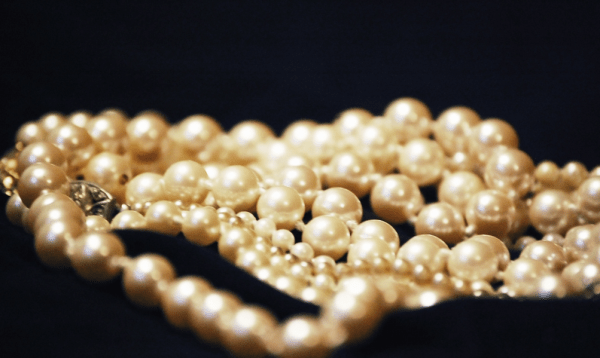Jane_s__pearls____Flickr_-_Photo_Sharing_