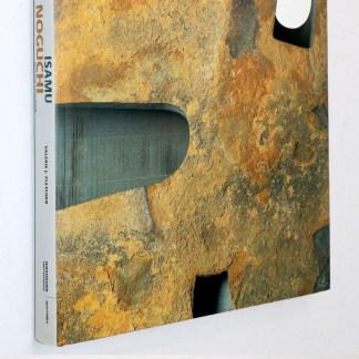 Isamu Noguchi:Master Sculptor