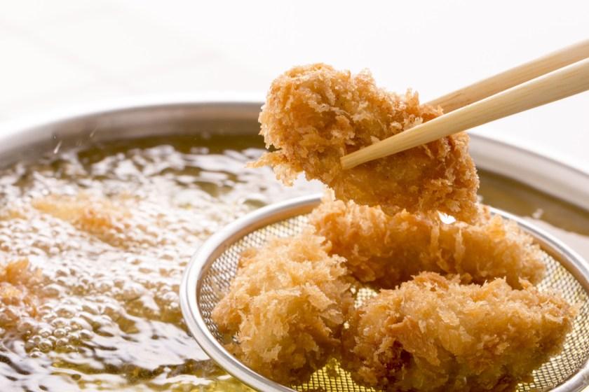 Japanese style, deep fried panko oysters (Kaki fry).