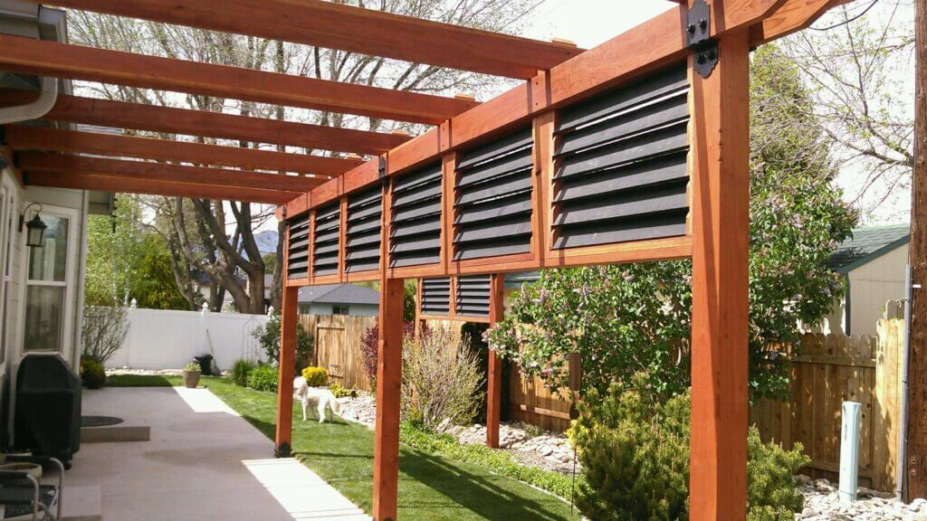 DIY Outdoor Privacy Screen Ideas: Functional Deck