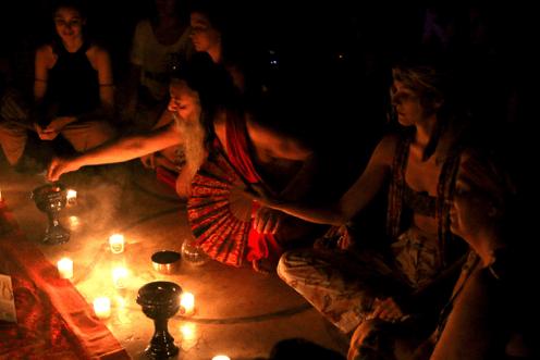 BRINDIS HELGADOTTIR & OZEN RAJNEESH LOVE AFFAIR candle light meditation