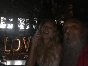 love - BRYNDIS HELGADOTTIR & OZEN rajneesh