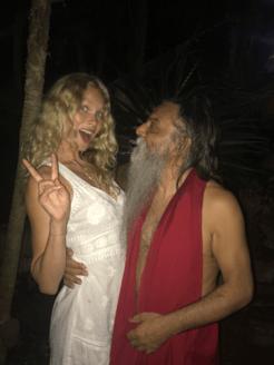 night life BRYNDIS HELGADOTTIR & OZEN RAJNEESH love affair