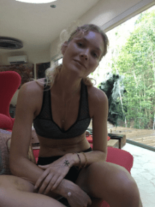 ozen sofa - BRYNDIS HELGADOTTIR & OZEN RAJNEESH love affair