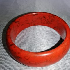 red colour bangles