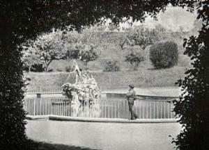 Boboli Gardens The Fountain of Neptune, vintage photo 1910 (Tuscany, Florence)