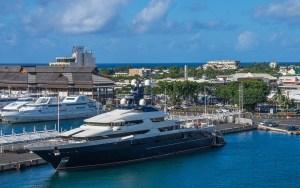 luxury yatch Tahiti Papete French Polynesia