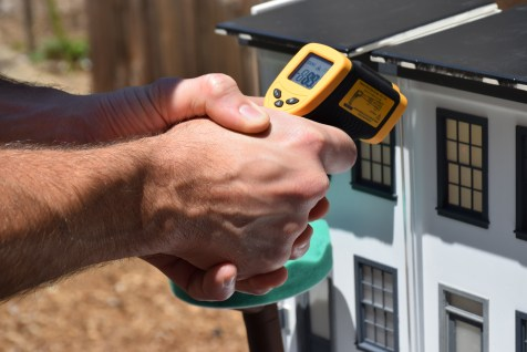 measuring surface temperature