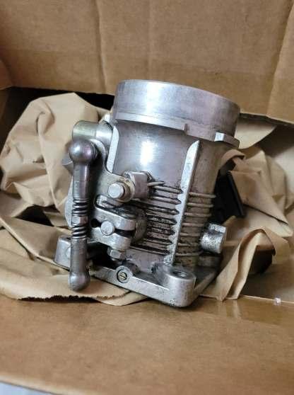 MERCEDES BENZ R107 450SLC 450SL 350SL Engine Motor Throttle Body Sensor OEM