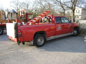 Pick up with lift gate