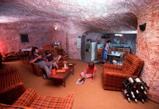content_coober_pedy_house