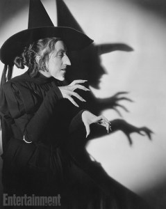 margaret-hamilton-shadow-witch-1939