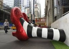 ruby-red-slippers-sculpture