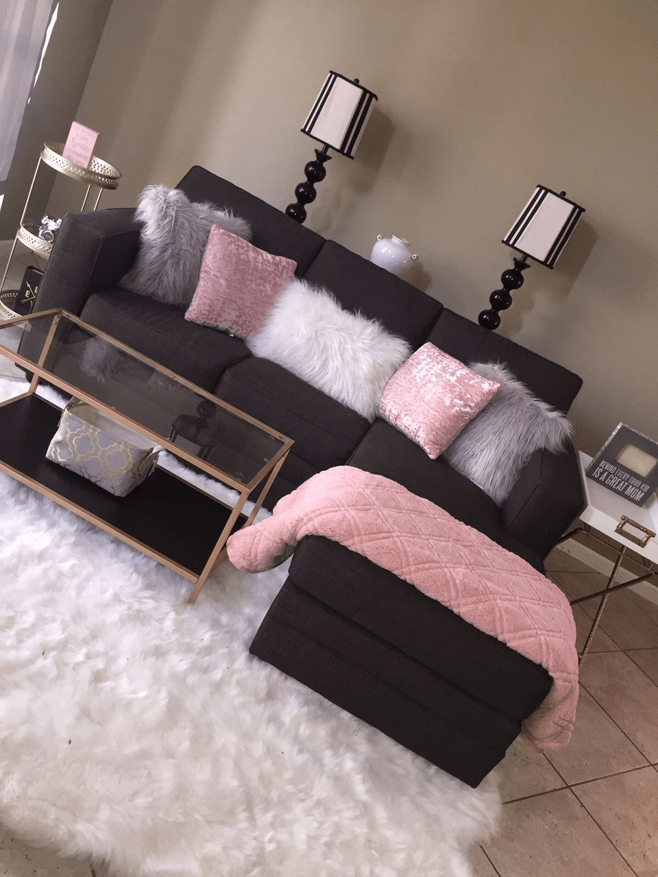 room black pink and white image