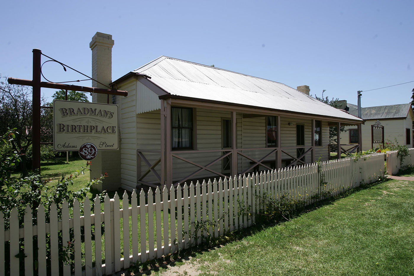 Where it all began: the cottage in Cootamundra where Bradman was born