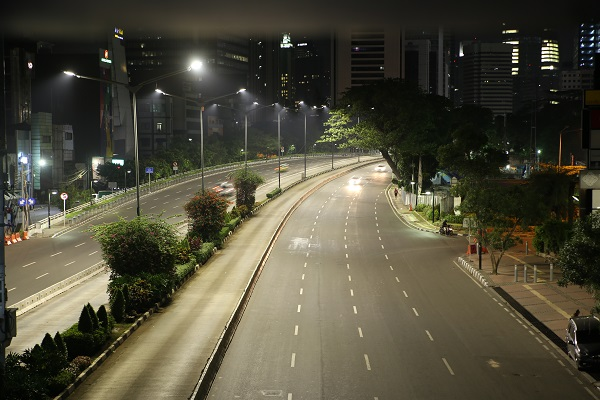 philips lighting rolls out world s largest smart street light systems in indonesia 企业官网