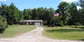 38 Bigelow Lake Rd, Pleasant Mount, PA 18453