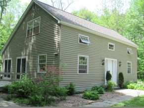 21 Colebrook Ln, Honesdale, PA 18431