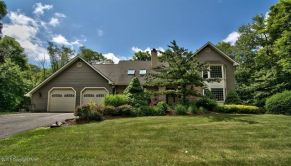 1124 Mill Creek Rd, Newfoundland, PA 18445