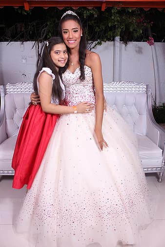 Sisters Birthday 15 Years Special Moment Girls White Dress Party Pikist