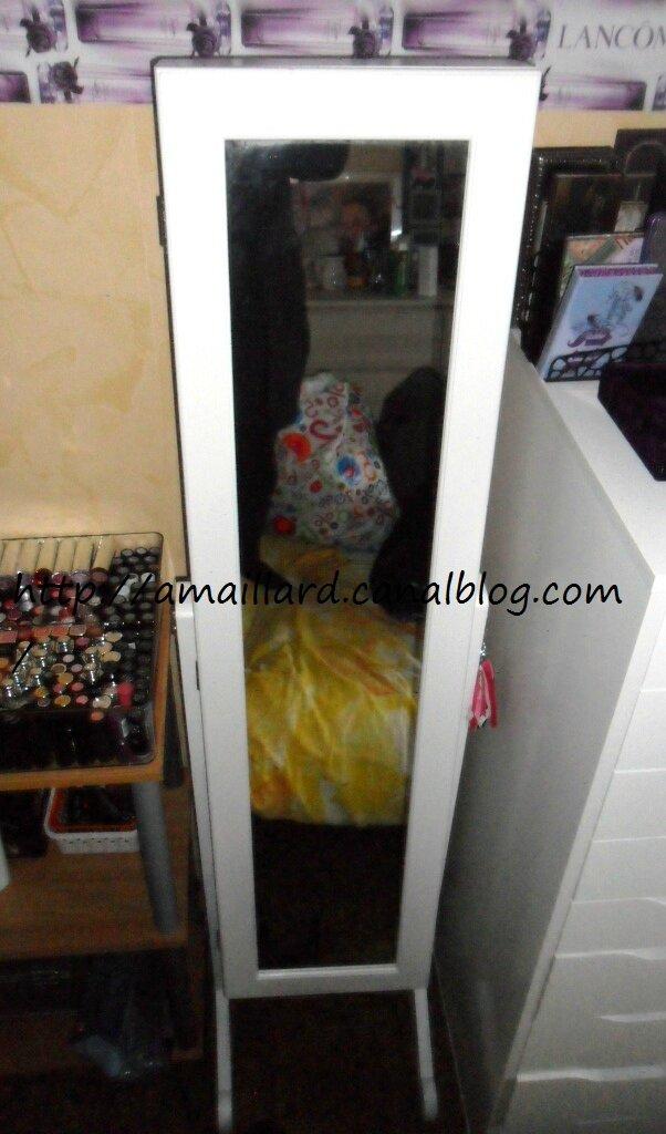 armoire a bijoux casa