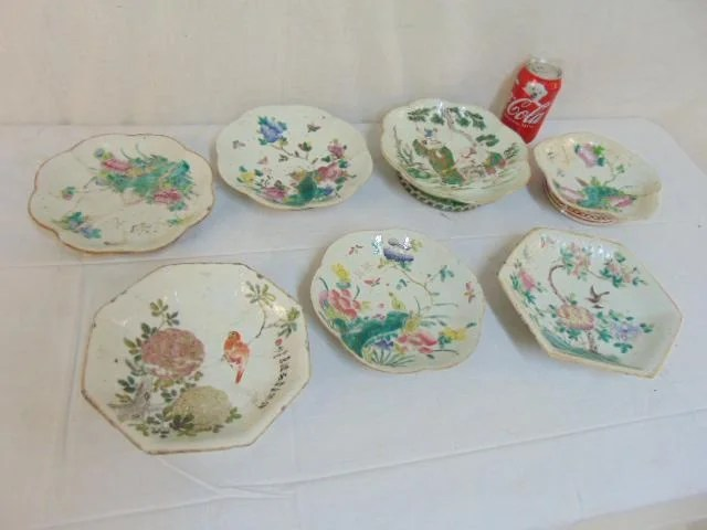 7 Chinese footed plates or bowls, various sizes, shapes