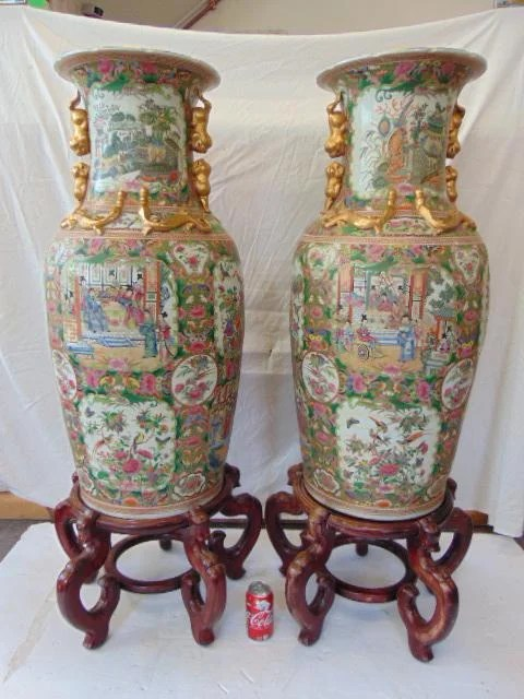 Pair Rose Medallion palace sized urns, Chinese