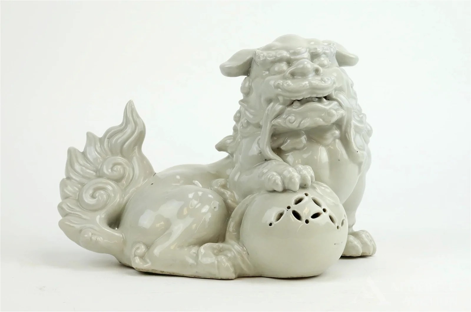 Blanc de Chine Foo Dog Statue