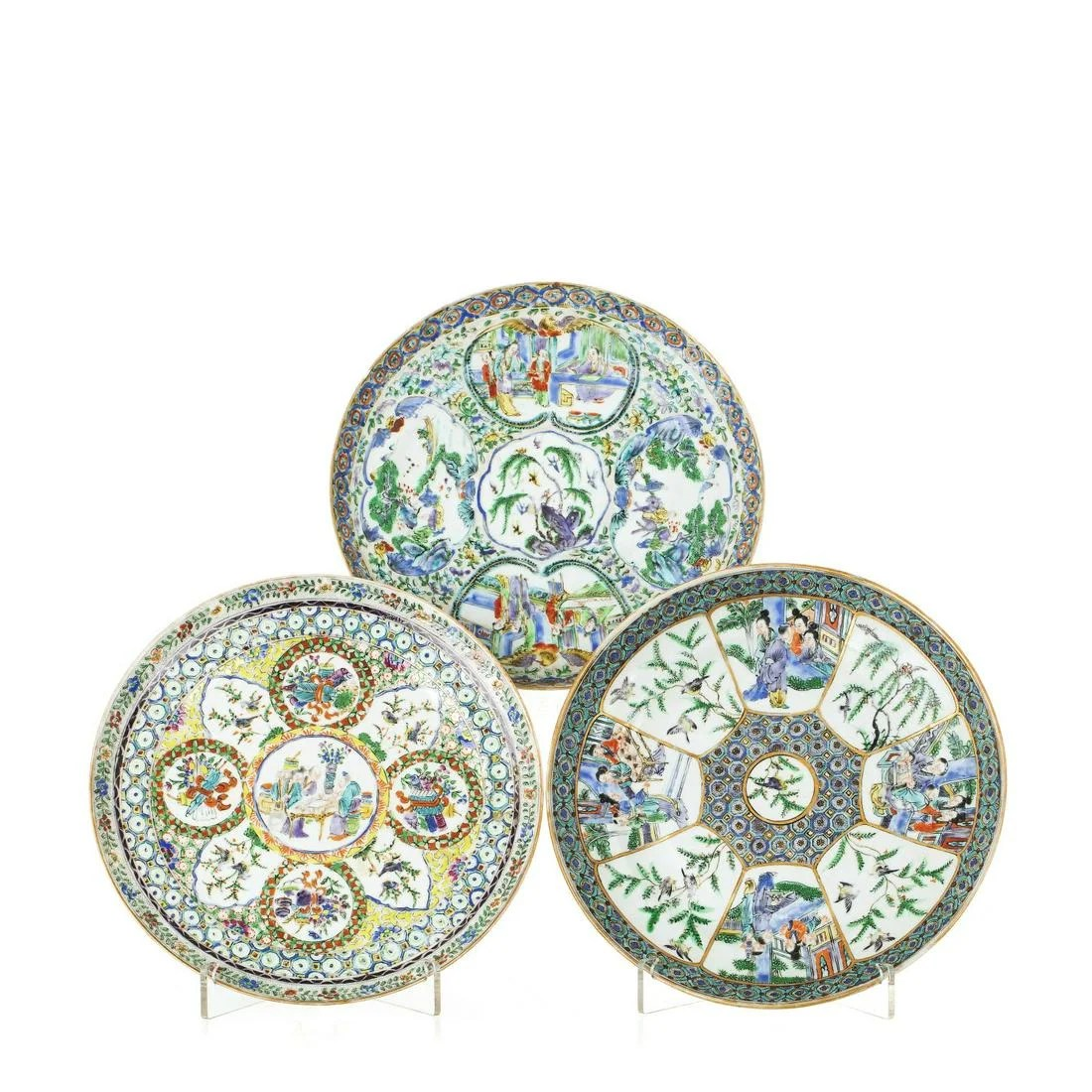 Three 'Mandarin' dishes in Chinese porcelain
