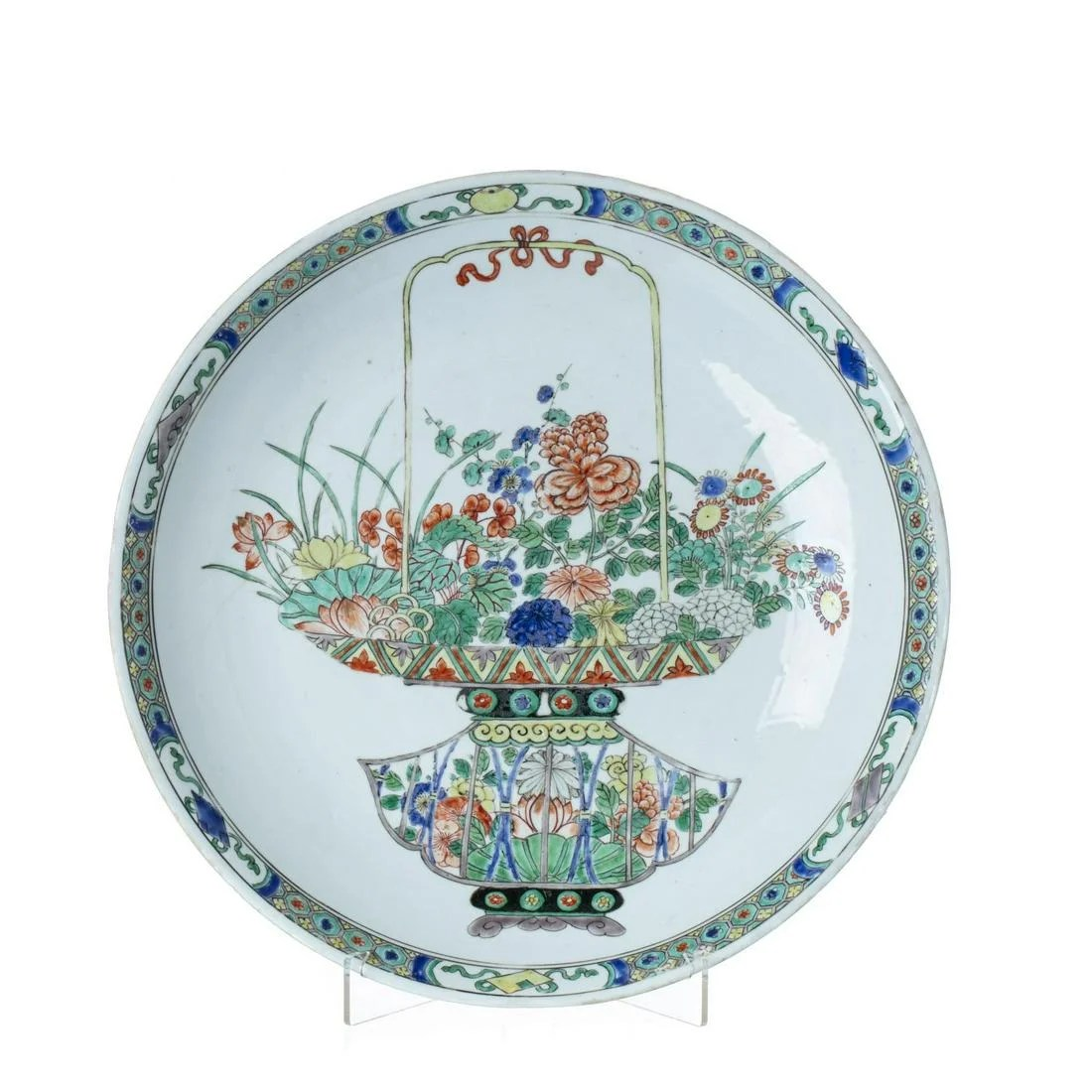 Large plate in Chinese porcelain, Kangxi