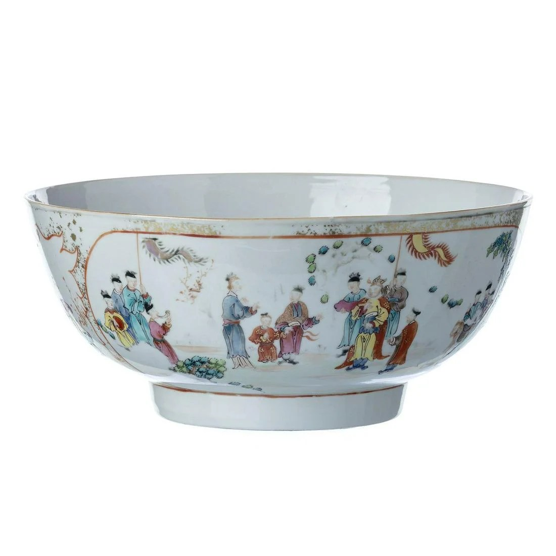 Mandarin punch bowl in Chinese porcelain, Qianlong.