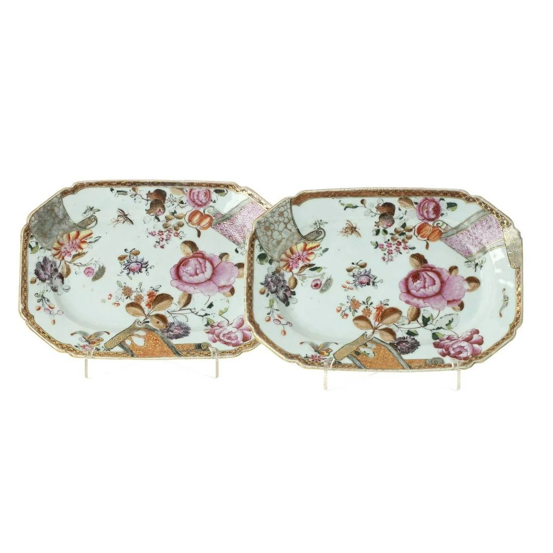 Pair of Chinese porcelain scroll platters, Qianlong