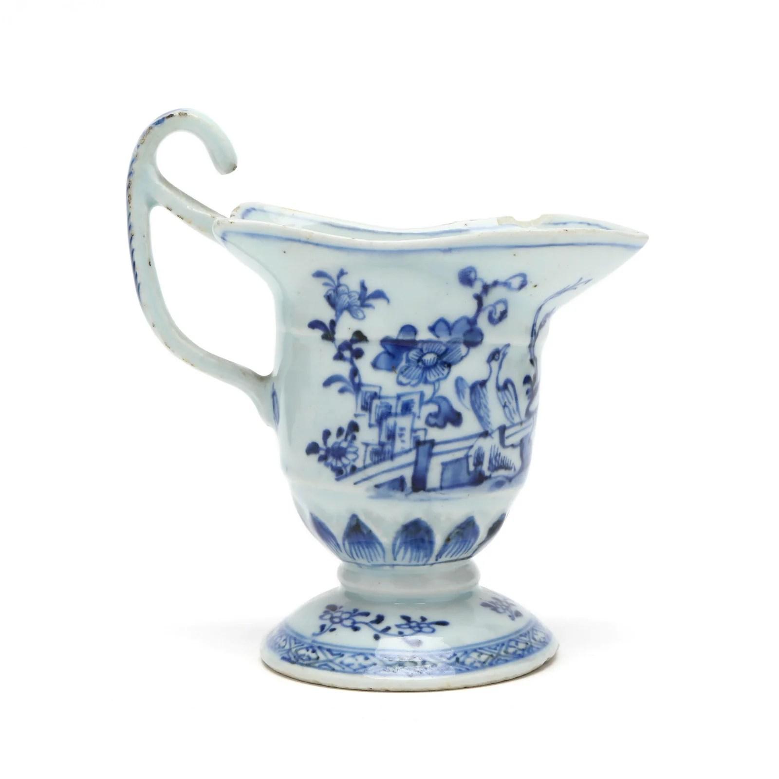 A Chinese Export Porcelain Helmet Form Creamer