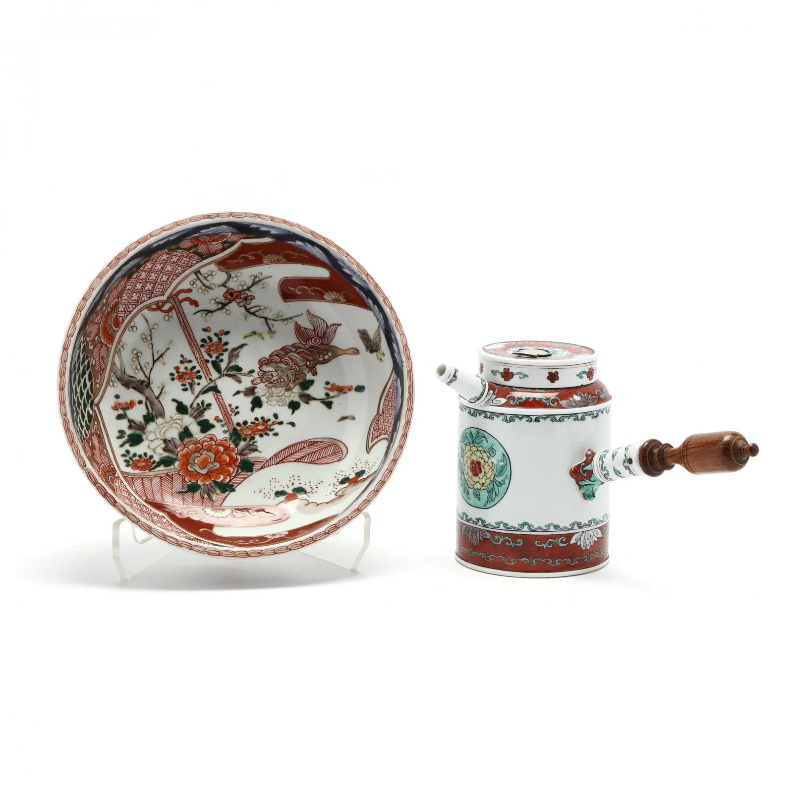 A Chinese Coffee Pot and Japanese Imari Bowl