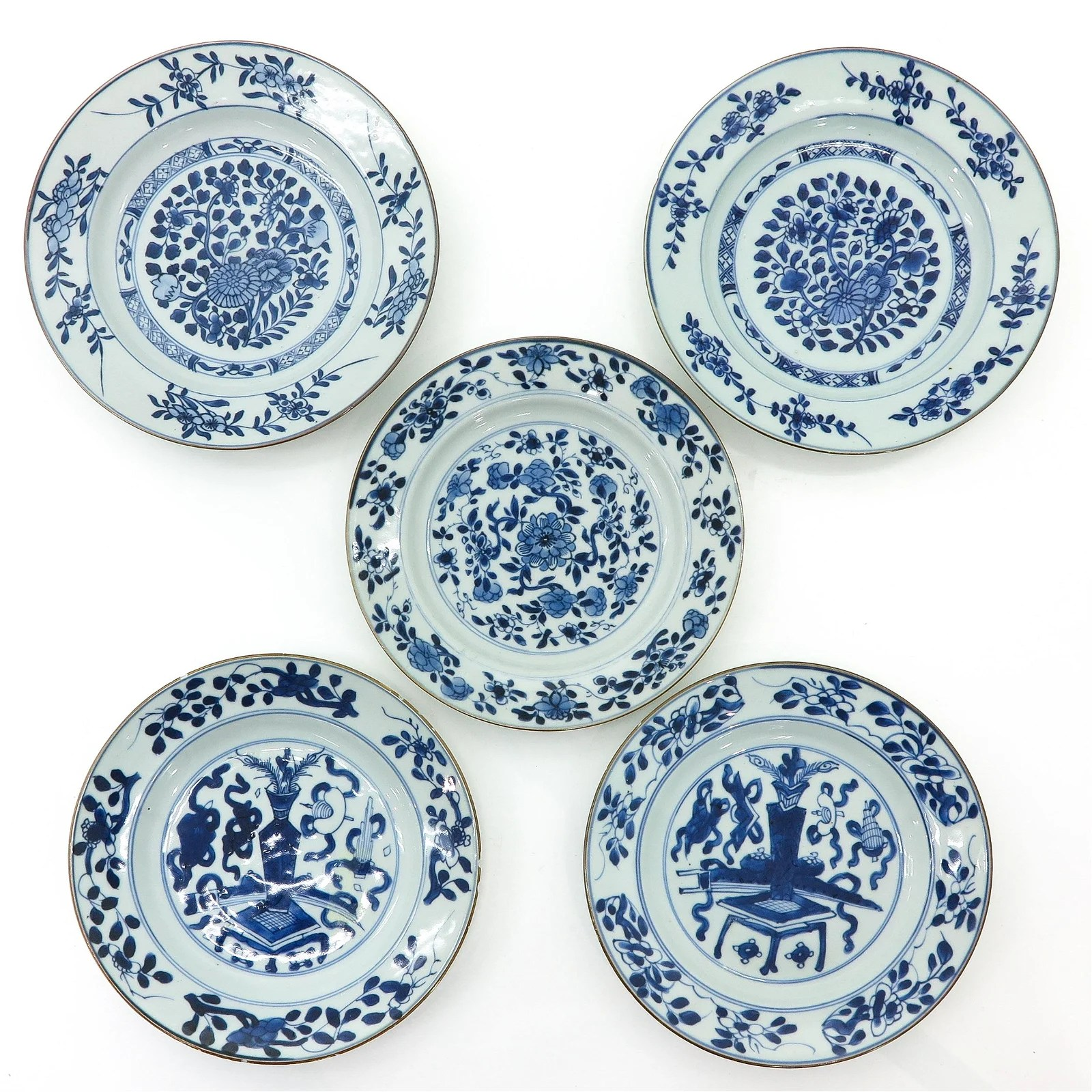 A Series of Five Chinese Blue and White Plates