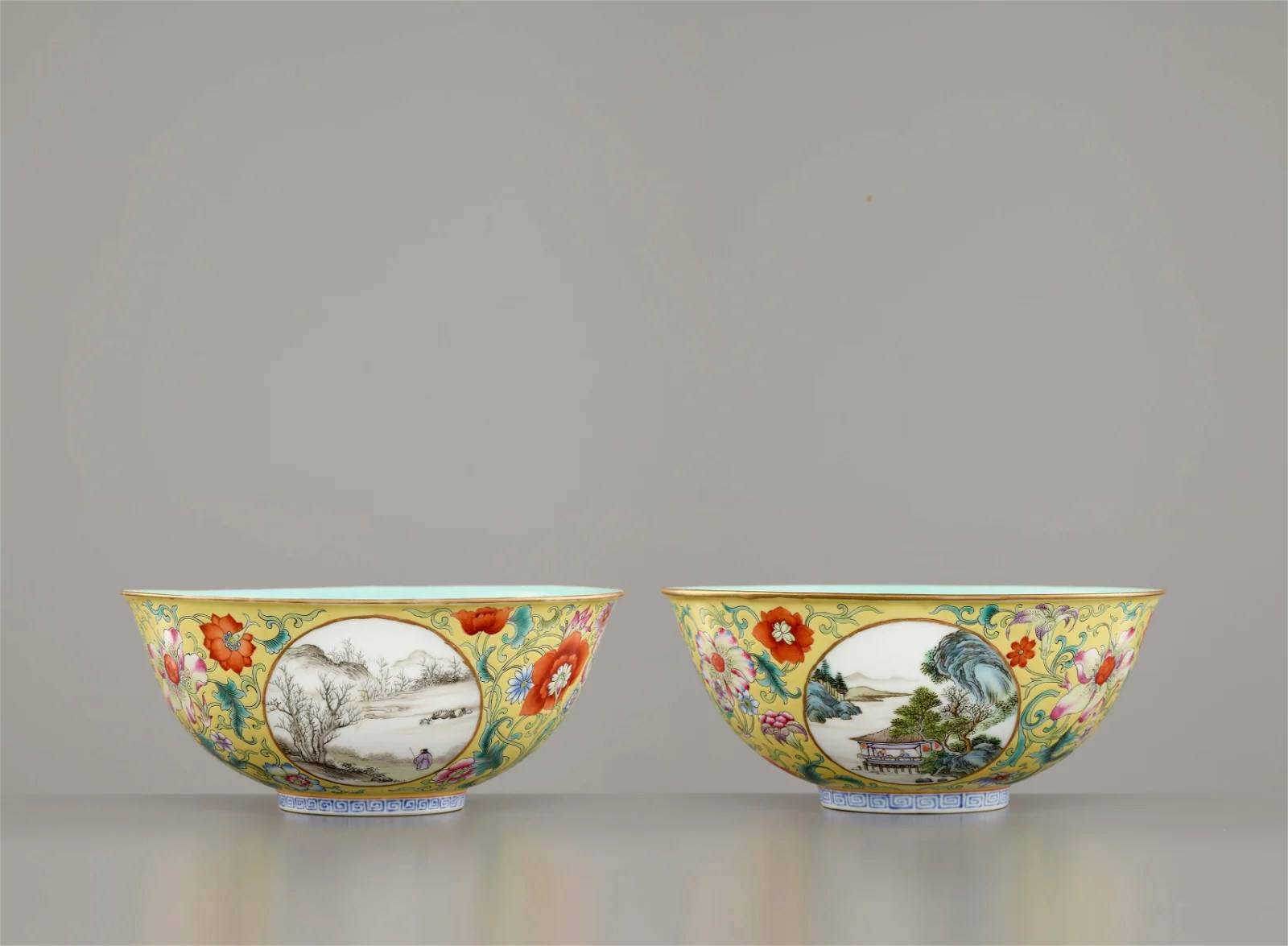 PAIR OF YELLOW-GROUND ENAMELLED 'LANDSCAPE' BOWLS
