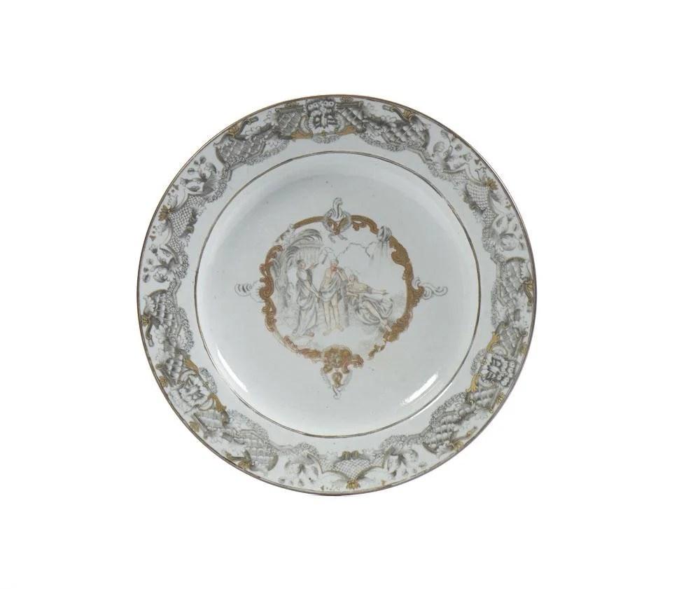 "Prato em porcelana chinesa CI \""grisaille\"""