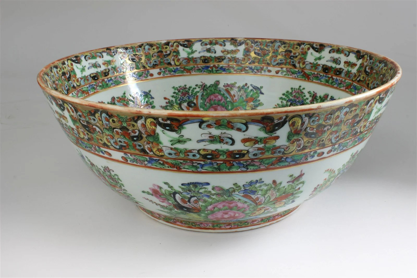 Chinese Export Overglazed Punch Bowl, circa 1870