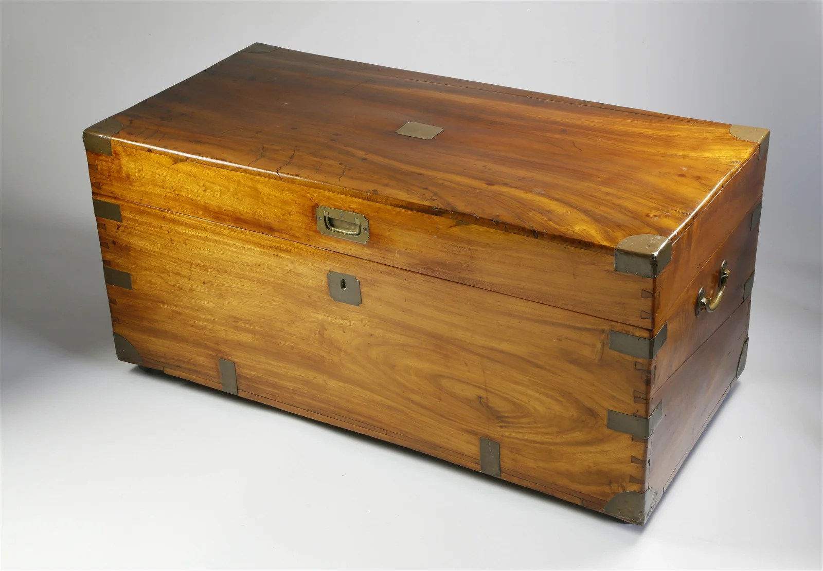 Chinese Export Camphorwood Chest, 19th Century