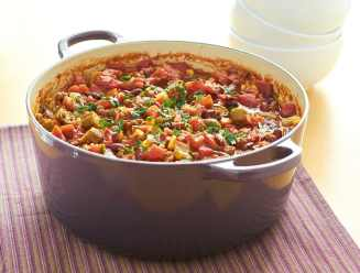 chili, bowl, food, pot, dutch, oven, beans, beef, carne, cooking