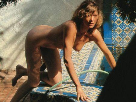 Wallpaper_Aurore_Clement_LUI_1982_01_01