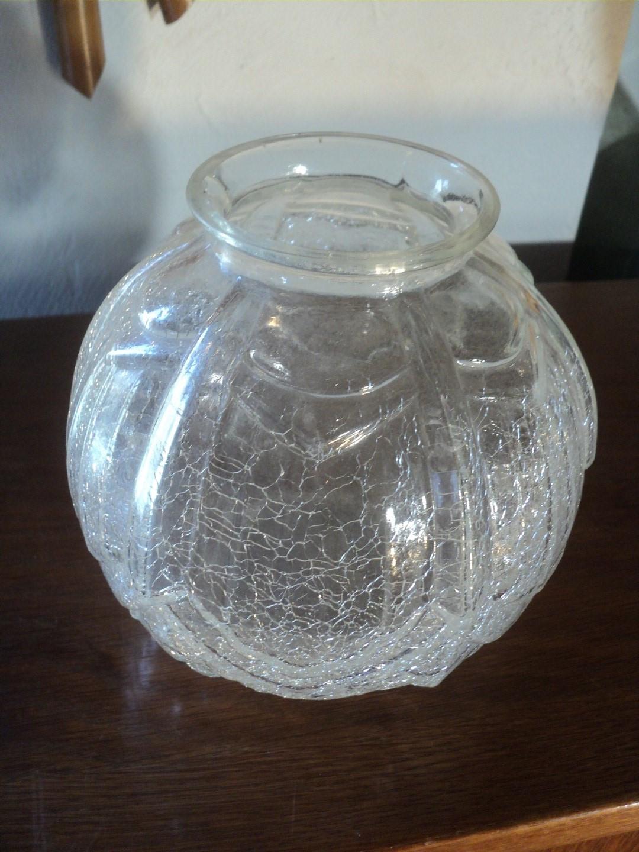 ancien vase boule verre decor craquele